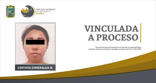 FGE detiene a presunta autora de secuestro de madre e hija en Puebla
