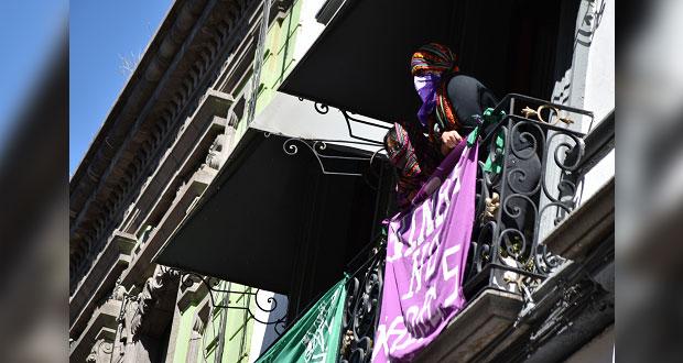Hasta ser atendidas dejarán la sede del Congreso, advierten feministas
