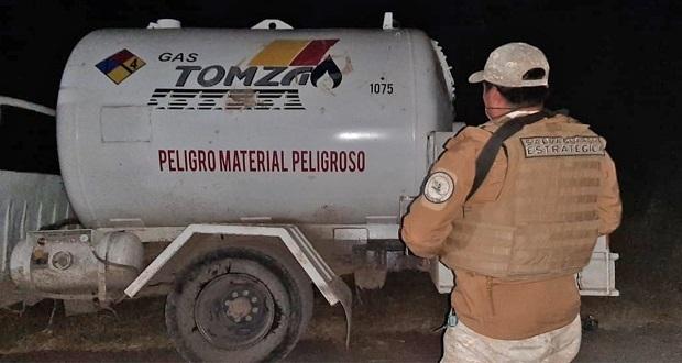 Sedena localiza en Puebla pipa de gas LP abandonada