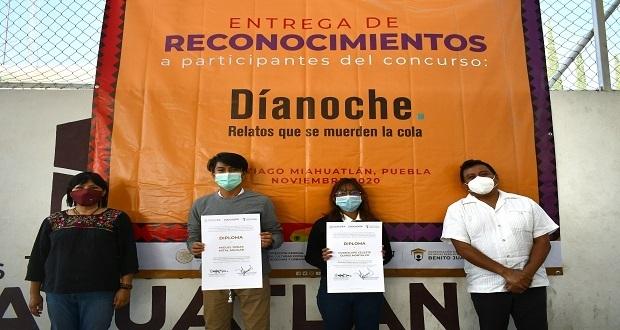 Reconocen a alumnos poblanos por ganar concurso de literatura