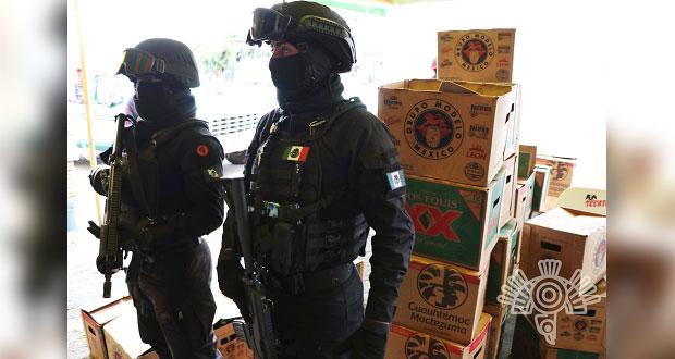 Estatales decomisan más de 900 botellas de cerveza en Mercado Morelos