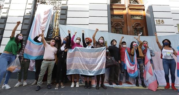 Comunidad trans en Puebla sale a las calles para celebrar Ley Agnes