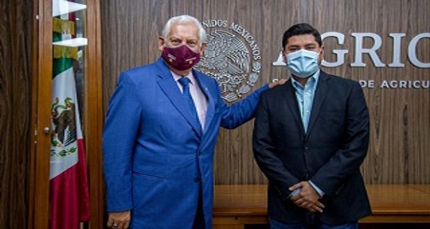 Arturo Macosay Córdova, nuevo coordinador de Ganadería en Sader