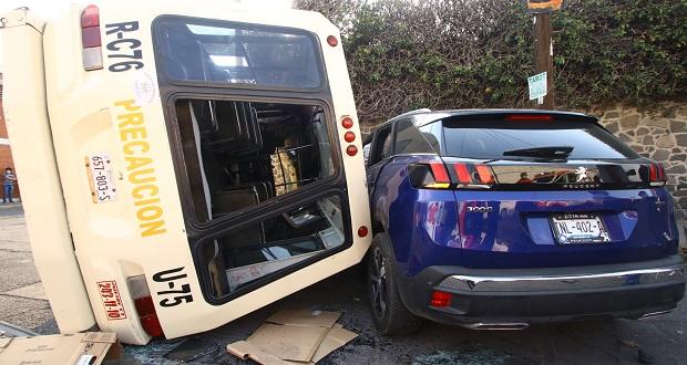 Choque con ruta 76 deja 10 pasajeros lesionados en colonia Azcárate