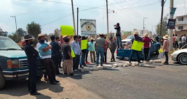 Cierran la Texmelucan-San Salvador; exigen más seguridad en El Verde