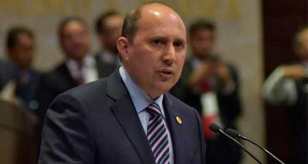 Fernando Manzanilla pide juicio de procedencia contra Saúl Huerta