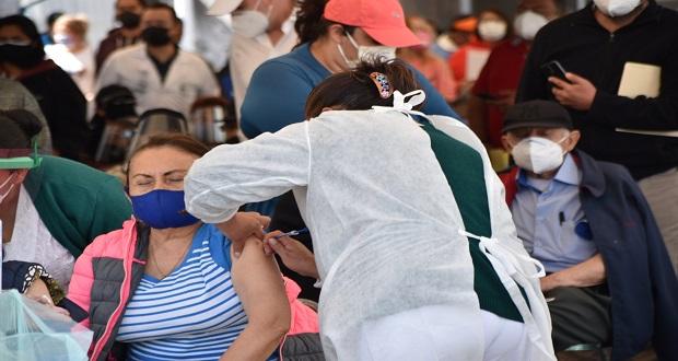 Tras cambio de estrategia, se agiliza vacunación anticovid en Puebla