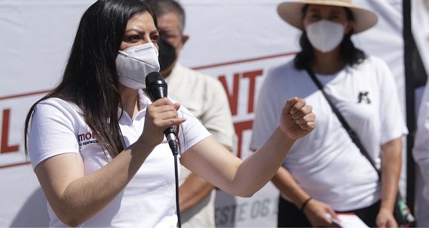 """Acusan ante Claudia Rivera """"extorsiones"""" a ambulantes en Aparicio"""