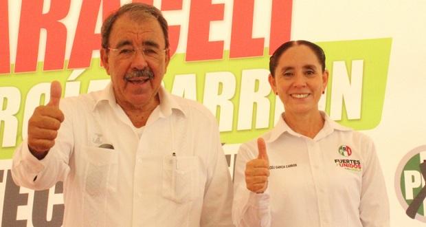 Impulsar obras sociales en Tecomatlán, ofrece candidata a diputada