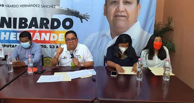 Nibardo Hernández inicia campaña; propone más médicos en Mixteca