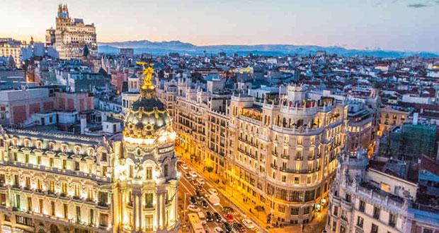 España abre sus fronteras para todos los turistas vacunados