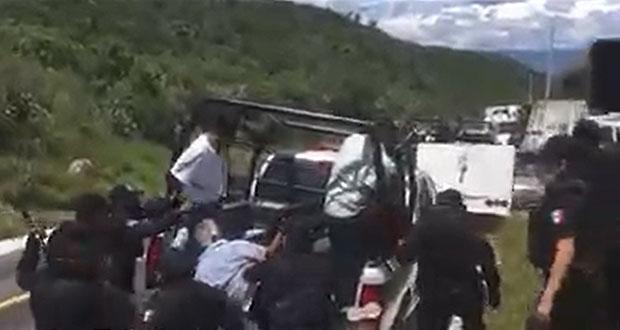 Desalojan y detienen a pobladores de Coapan por bloquear relleno sanitario