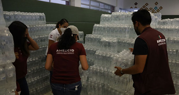 SRE entrega ayuda afectados en Veracruz por huracán Grace