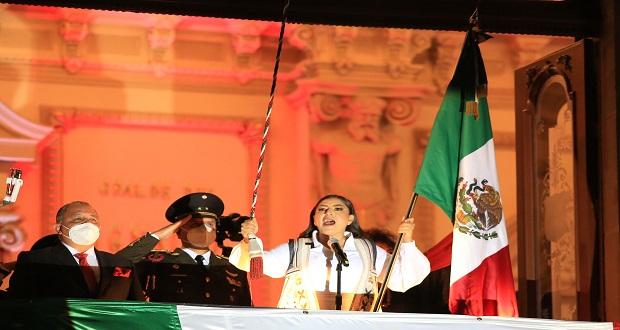 ¡Viva la autonomía municipal!, resalta Claudia Rivera en su último Grito