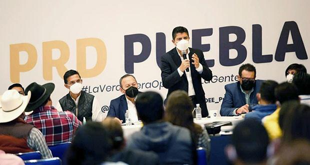 Eduardo Rivera se reúne con dirigencia estatal y nacional de PRD