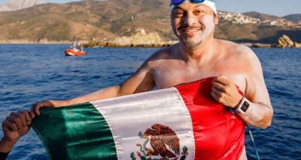 Mexicano cruza nadando el Canal de la Mancha
