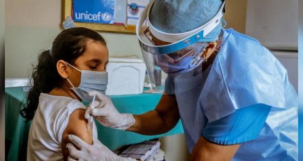 SS de Puebla abre registro de vacunación Covid para menores enfermos