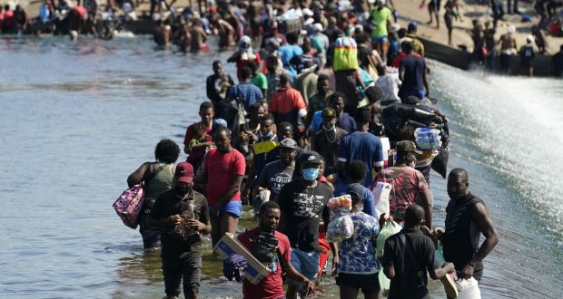 México, sin inconveniente en acoger a haitianos: Ebrard; EU no lo hará