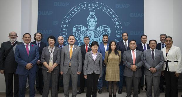 Cedillo nombra secretario general y vicerrectores de BUAP