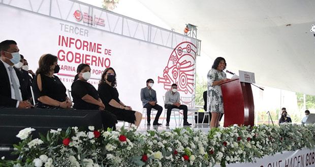 Karina Pérez Popoca rinde su tercer informe de labores