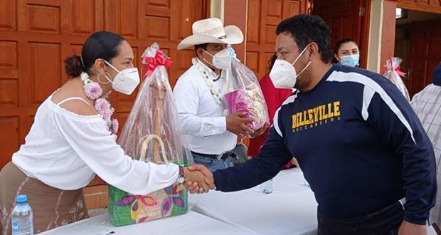 Tras 18 años, gobierno formaliza donación de predio en Zacapoaxtla
