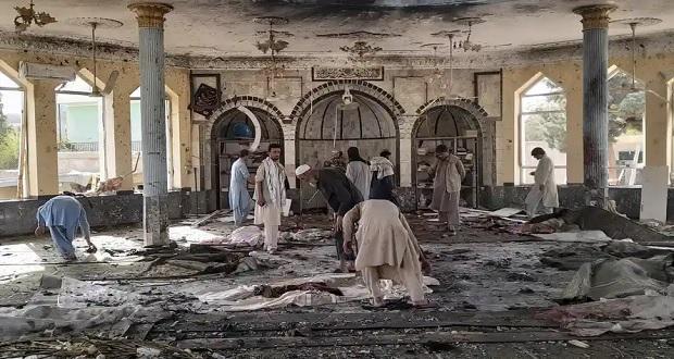 Ataque terrorista en mezquita de Afganistán deja al menos 100 muertos