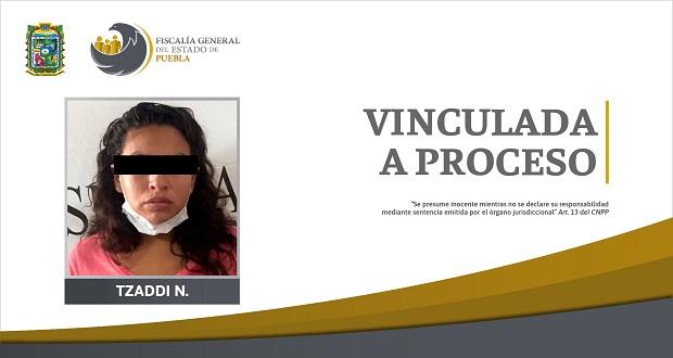 Por torturar a su hija en Puebla capital, vinculan a proceso a mujer